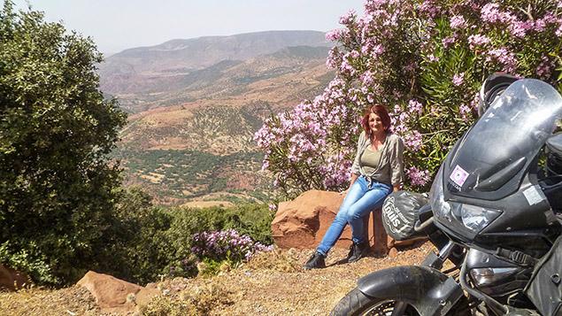 marokkó találkozik nő telefonál flört, amikor a nők